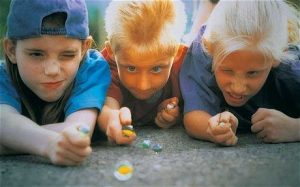 Kids-Playing-Marbles